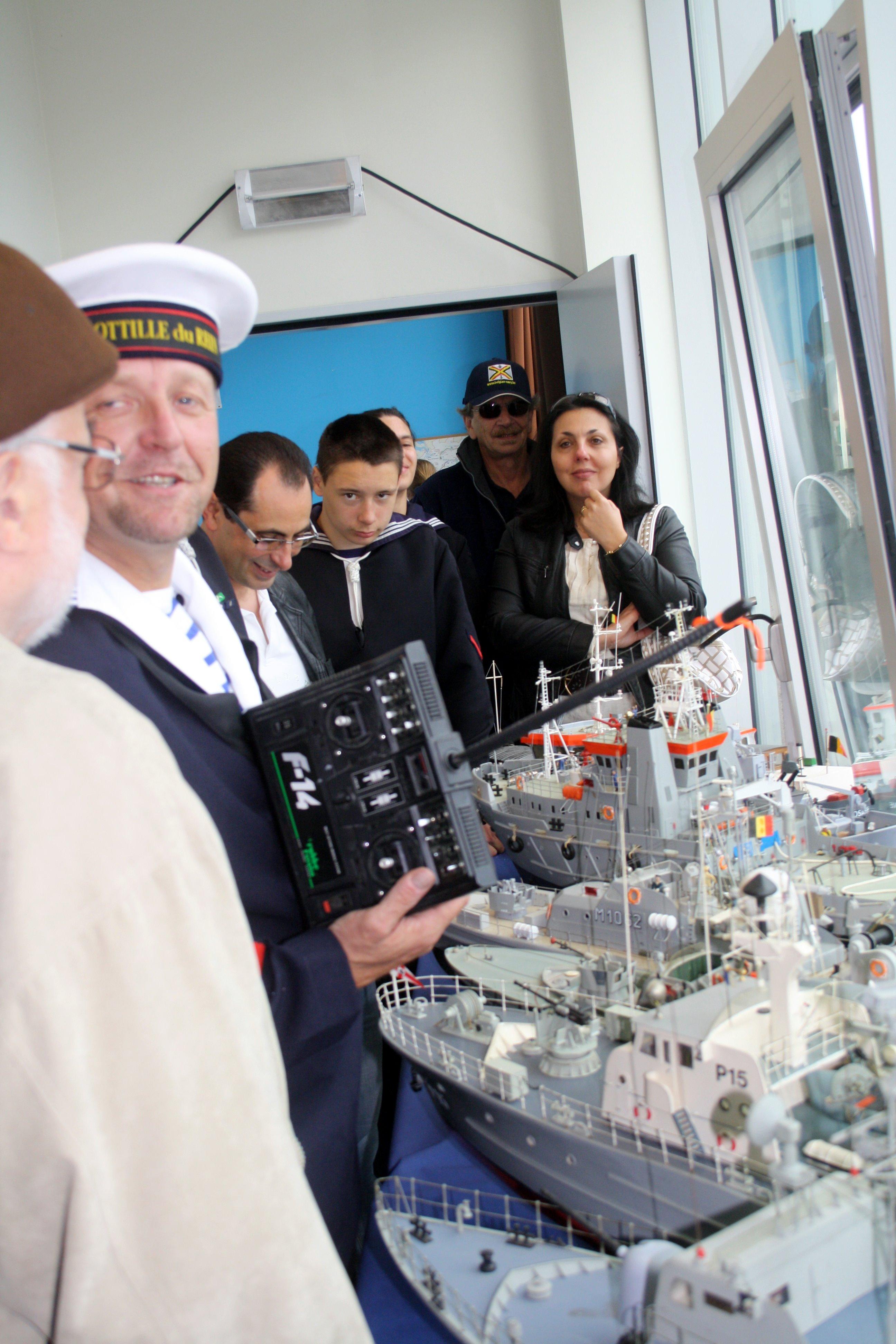Fastes des Cadets de Marine à Bruxelles le 18/06/2011 - Page 13 1106200556361095838354781