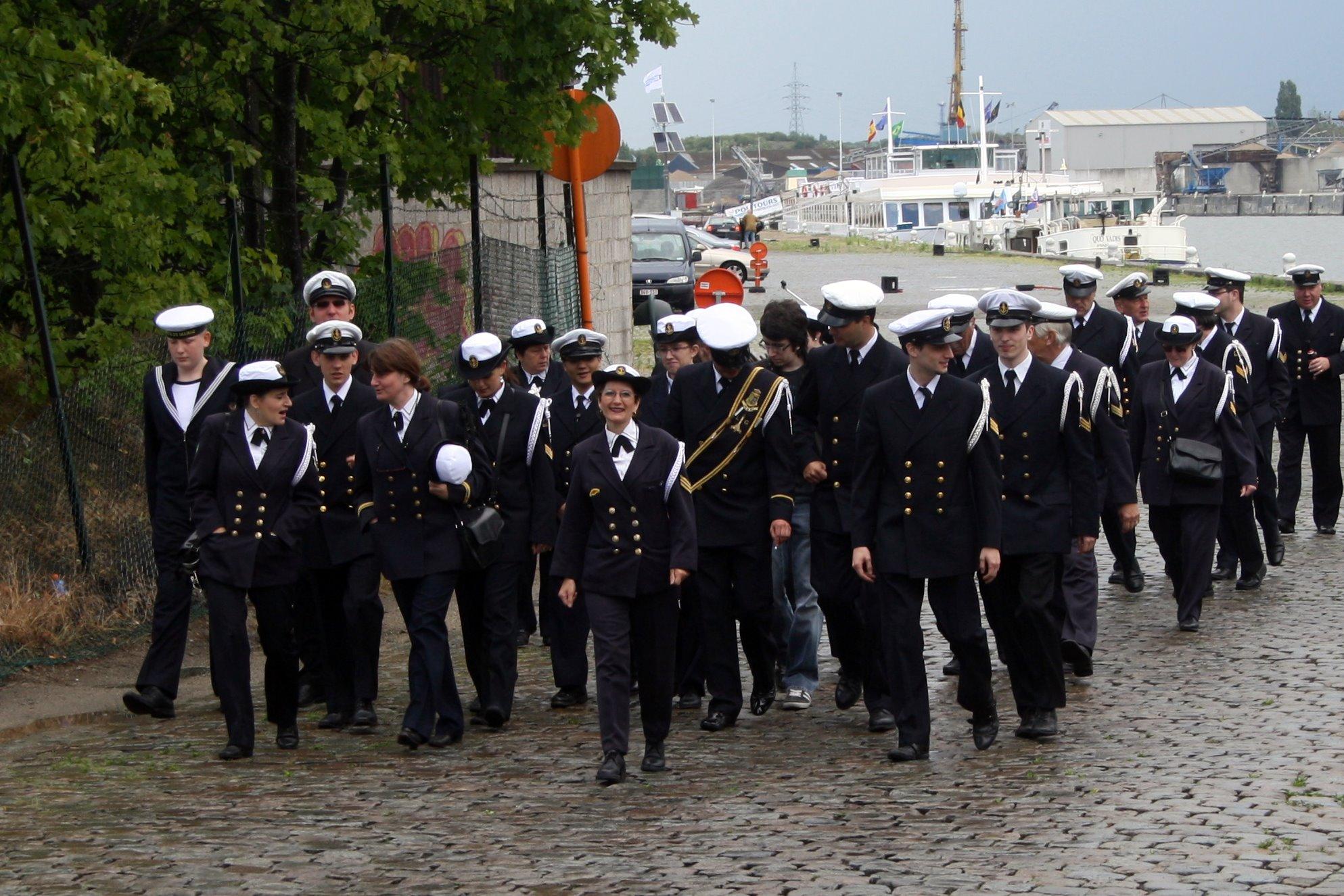 Fastes des Cadets de Marine à Bruxelles le 18/06/2011 - Page 13 1106200611441095838354949