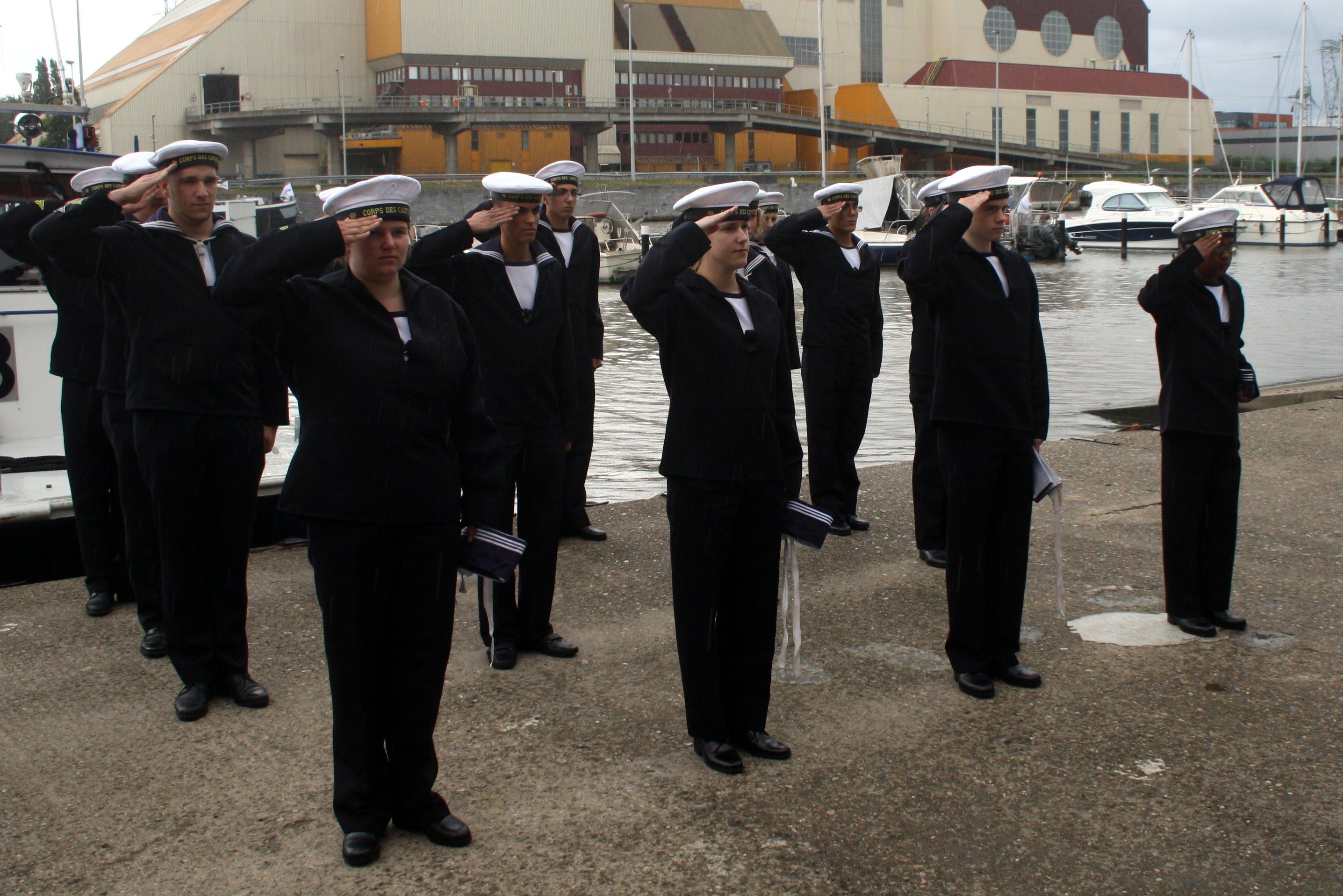 Fastes des Cadets de Marine à Bruxelles le 18/06/2011 - Page 12 1106201247021095838352937