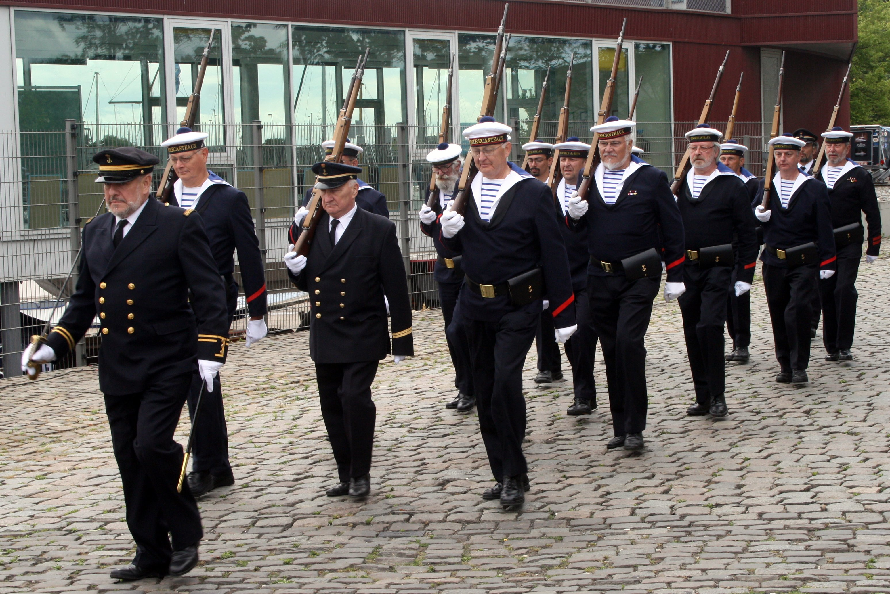 Fastes des Cadets de Marine à Bruxelles le 18/06/2011 - Page 19 1106210500421095838359217