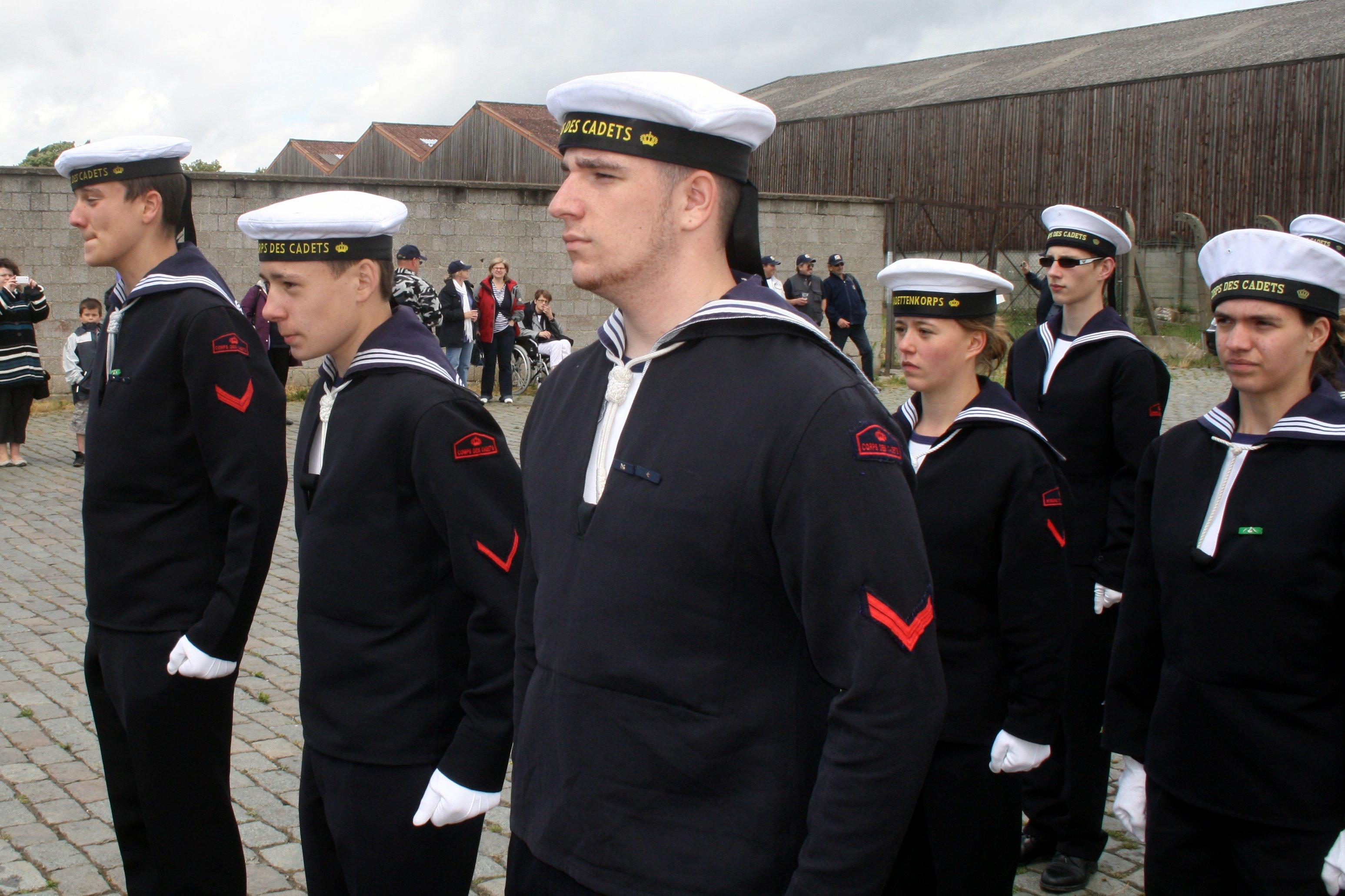 Fastes des Cadets de Marine à Bruxelles le 18/06/2011 - Page 19 1106210504141095838359223
