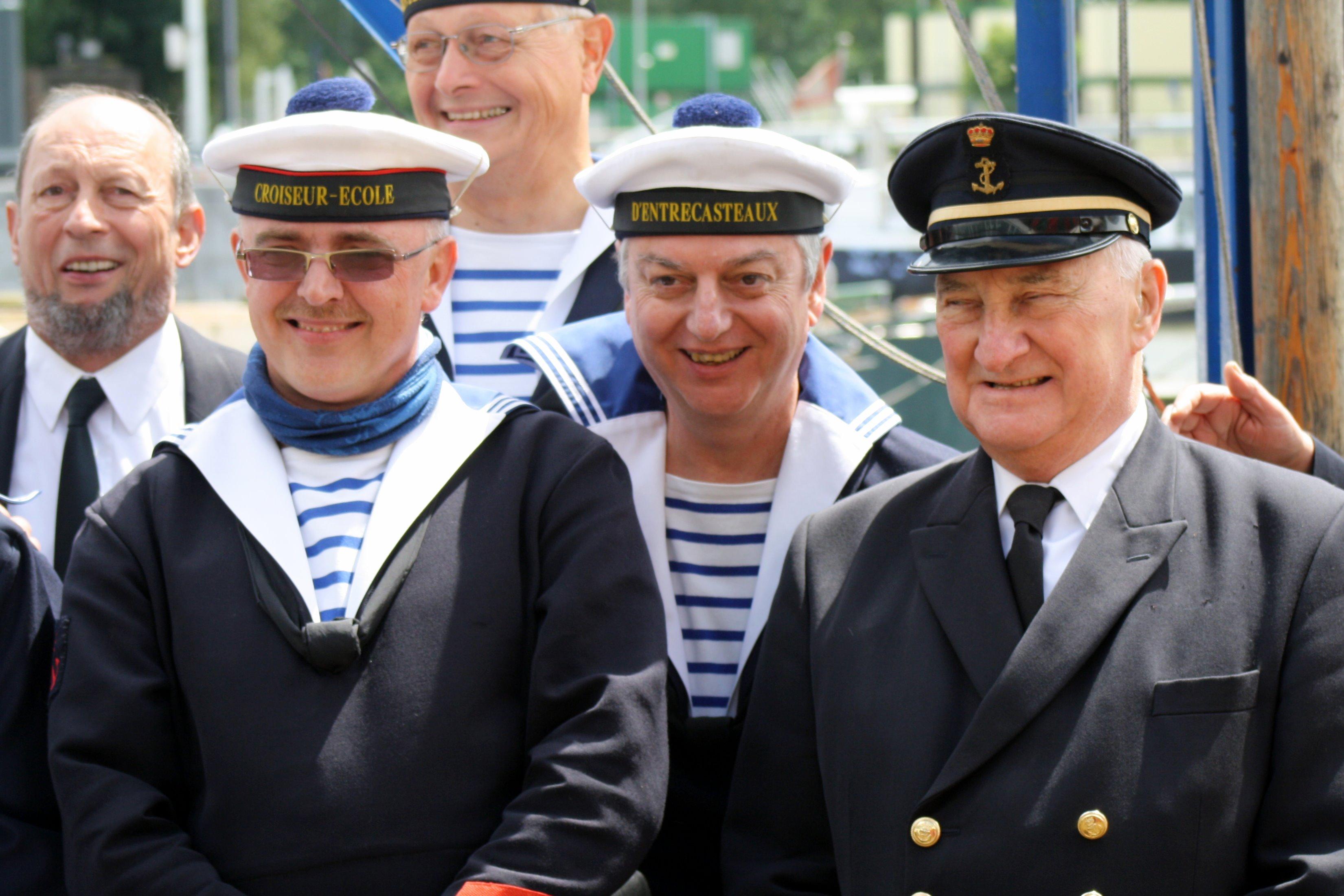 Fastes des Cadets de Marine à Bruxelles le 18/06/2011 - Page 18 1106210912241095838357669