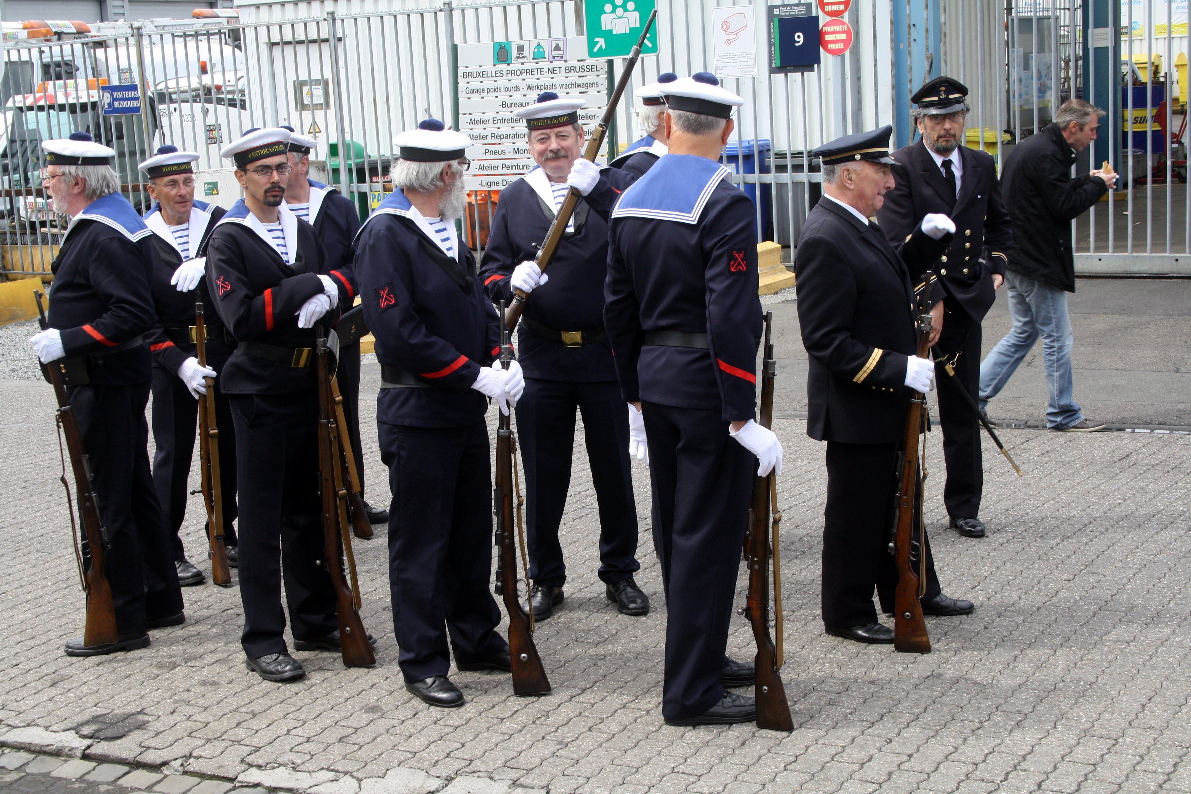 Fastes des Cadets de Marine à Bruxelles le 18/06/2011 - Page 19 1106210941251095838357765