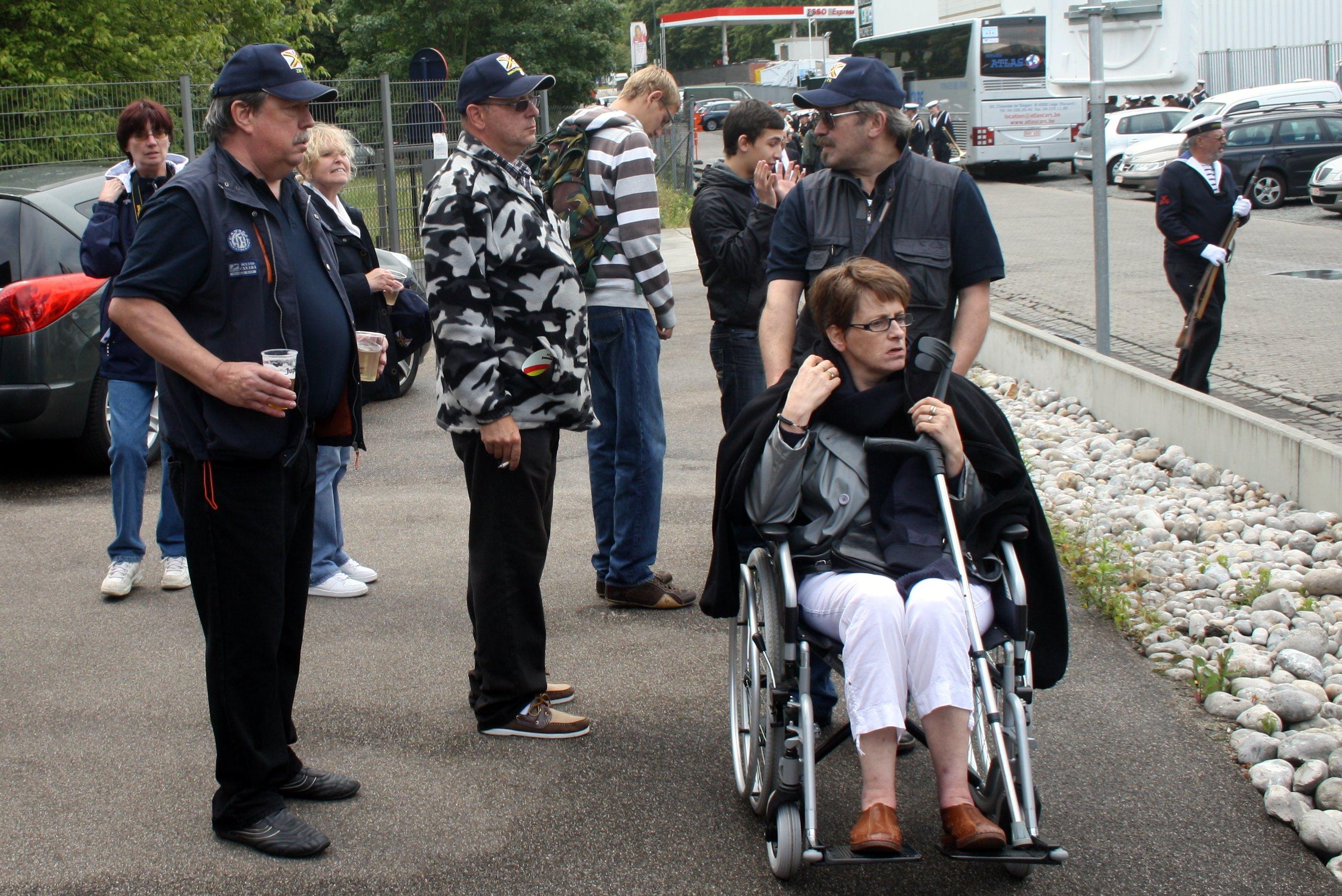 Fastes des Cadets de Marine à Bruxelles le 18/06/2011 - Page 19 1106210944081095838357770