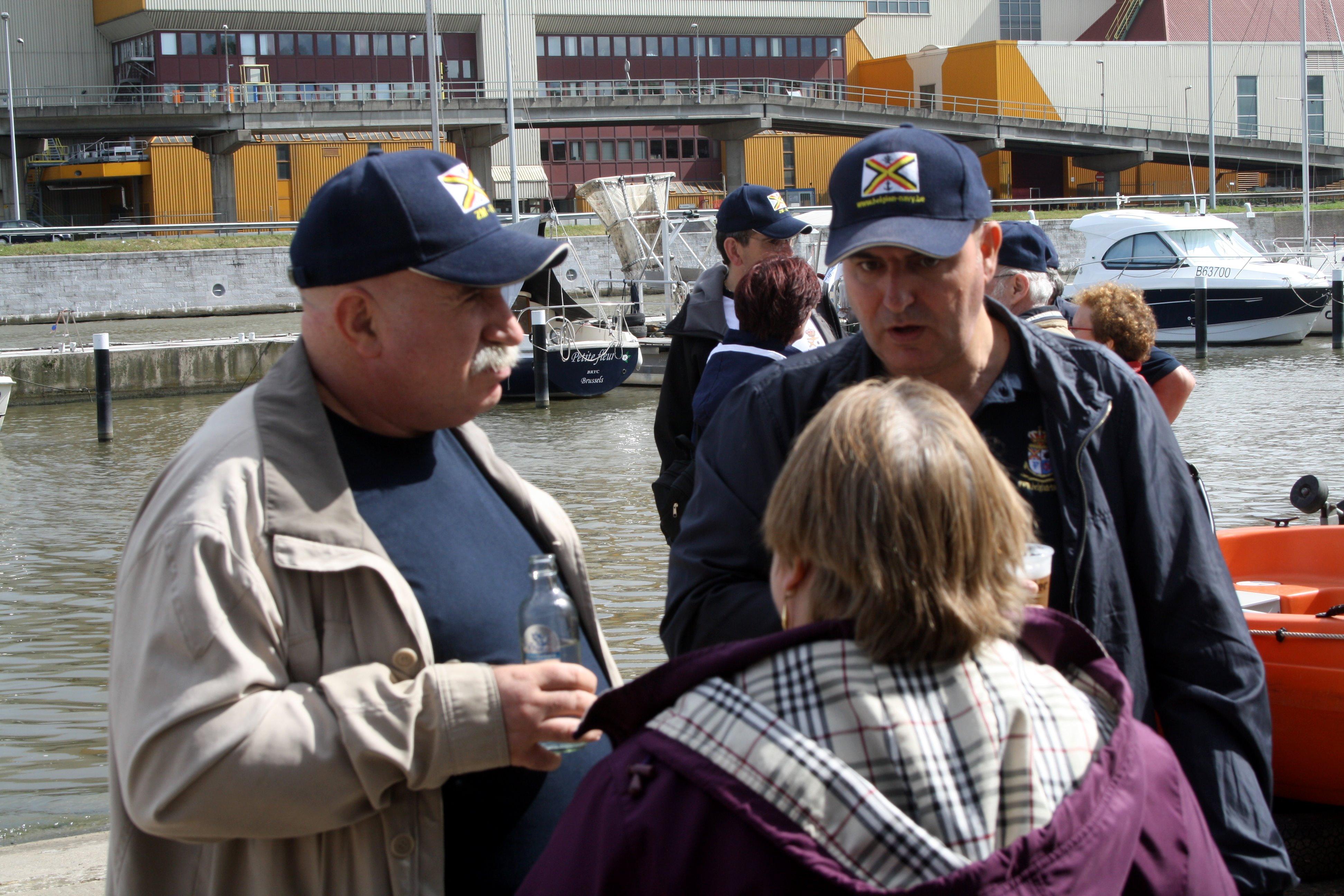 Fastes des Cadets de Marine à Bruxelles le 18/06/2011 - Page 22 1106220436121095838364287