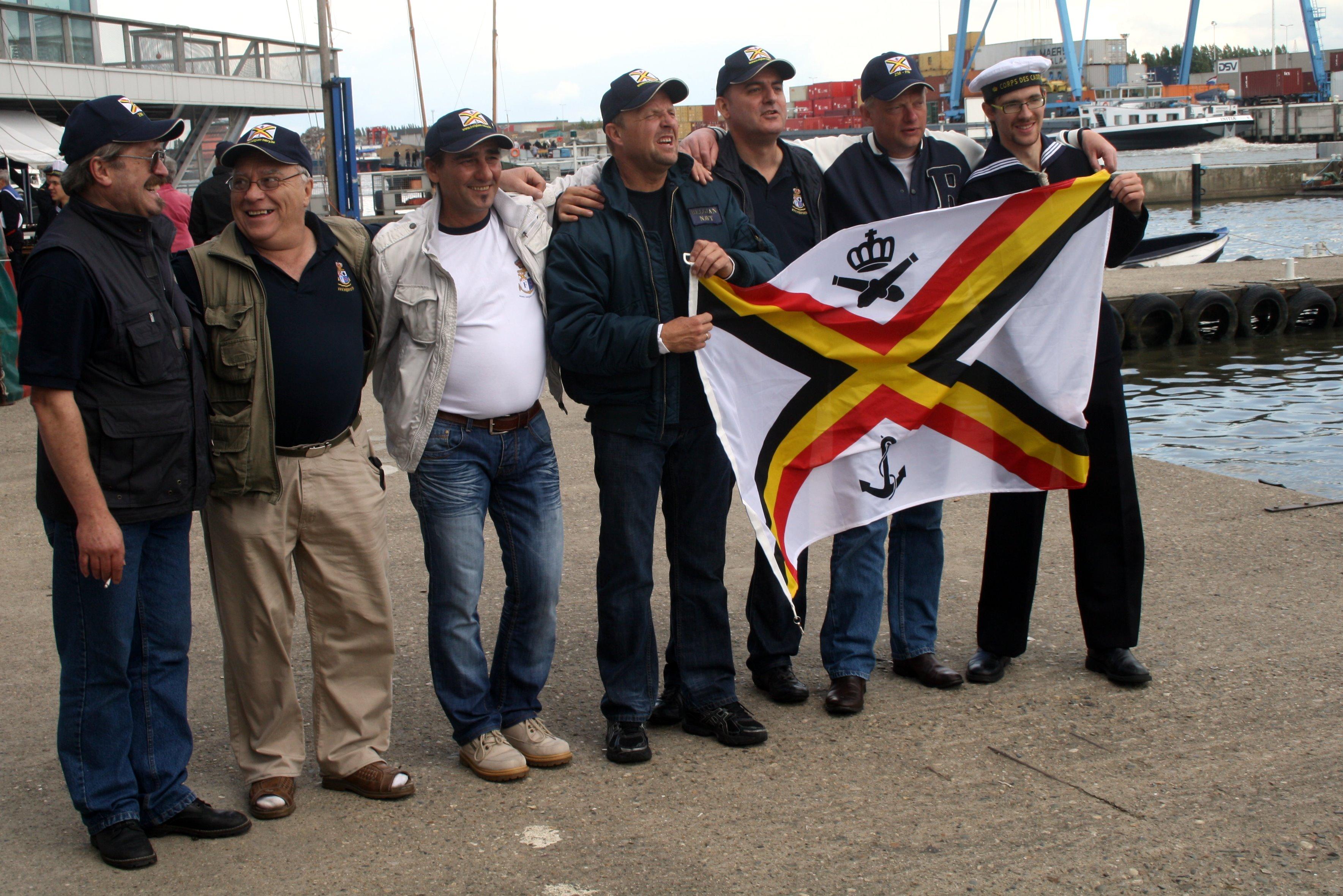 Fastes des Cadets de Marine à Bruxelles le 18/06/2011 - Page 22 1106220440531095838364319