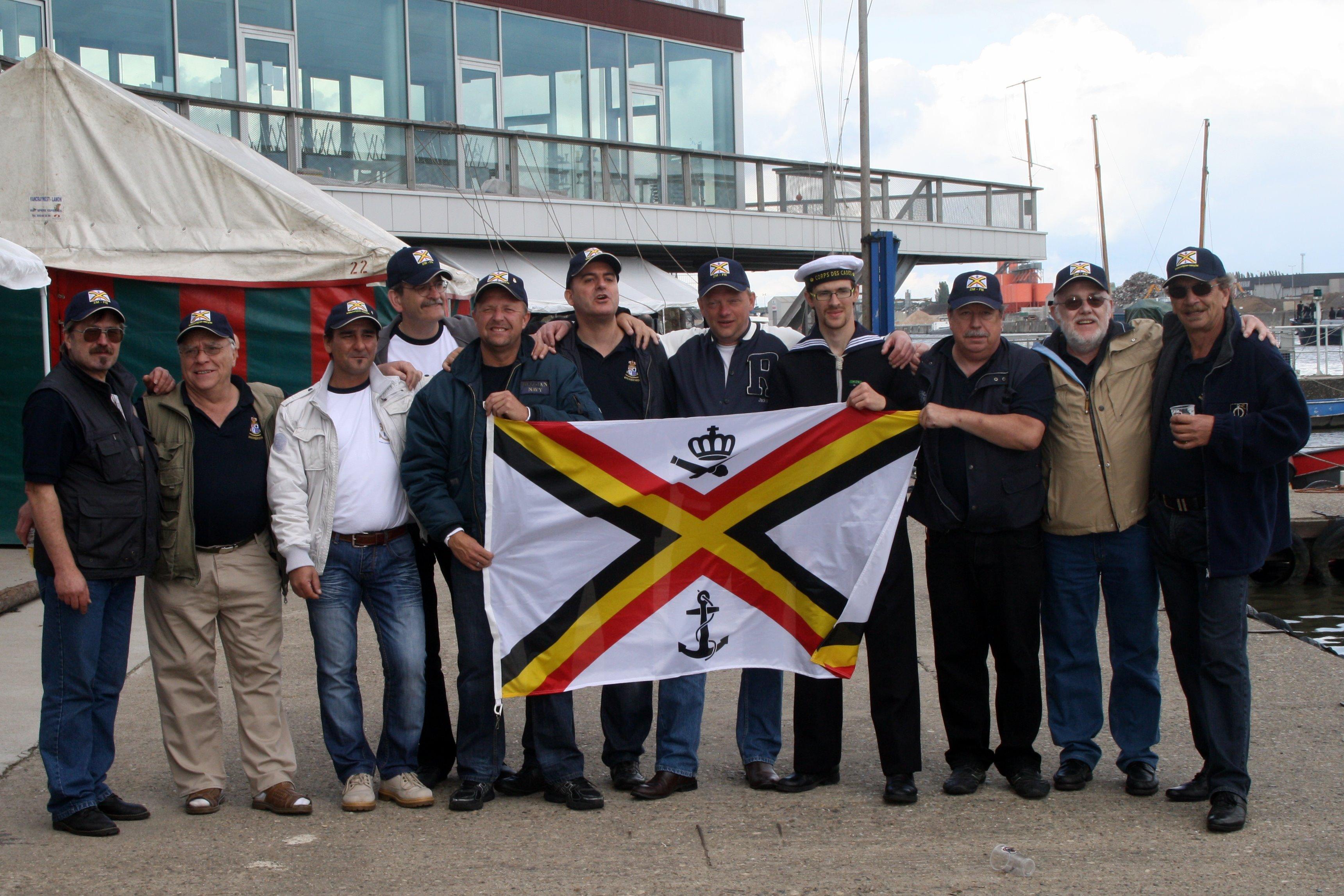 Fastes des Cadets de Marine à Bruxelles le 18/06/2011 - Page 22 1106220444411095838364351