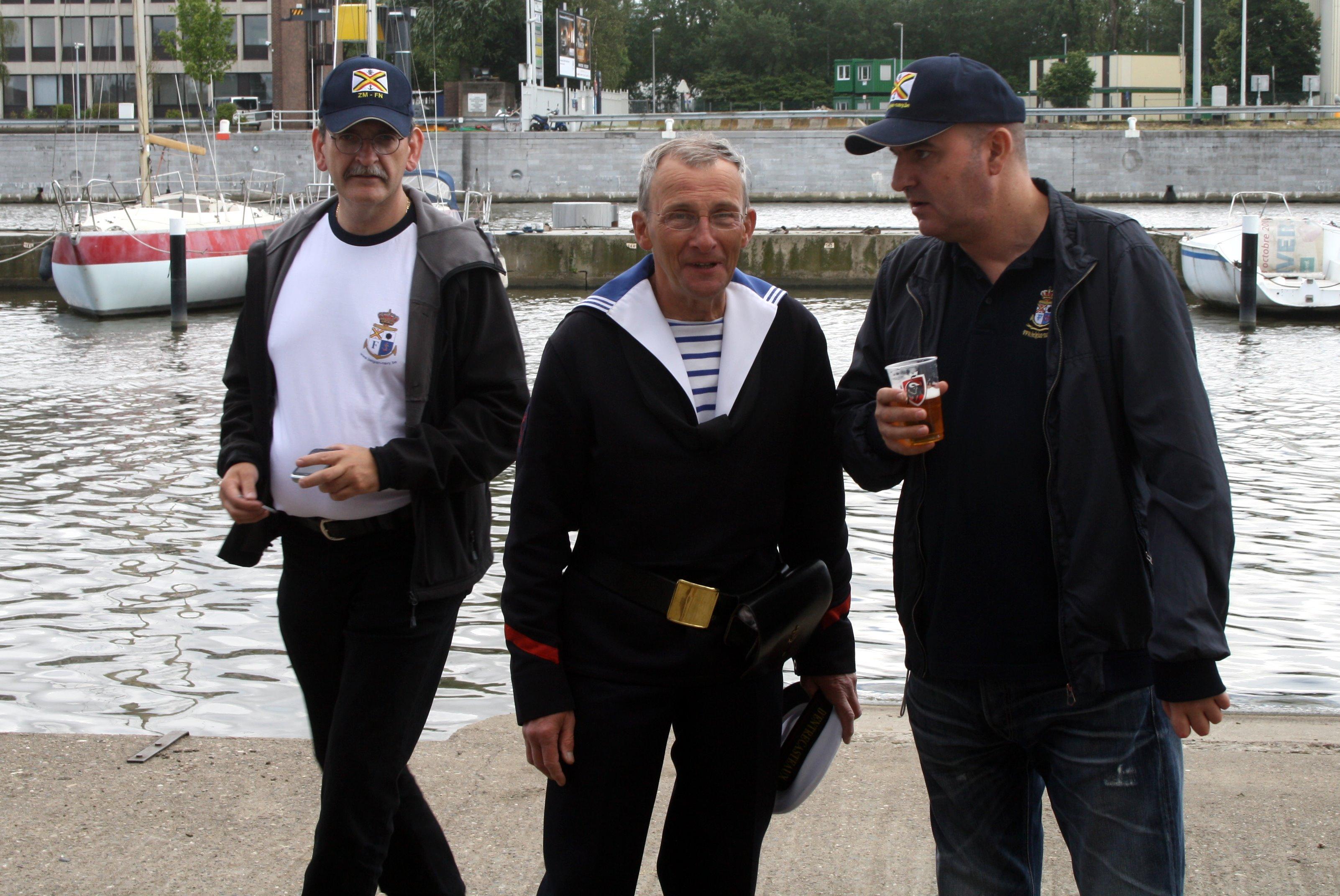 Fastes des Cadets de Marine à Bruxelles le 18/06/2011 - Page 22 1106220453381095838364400