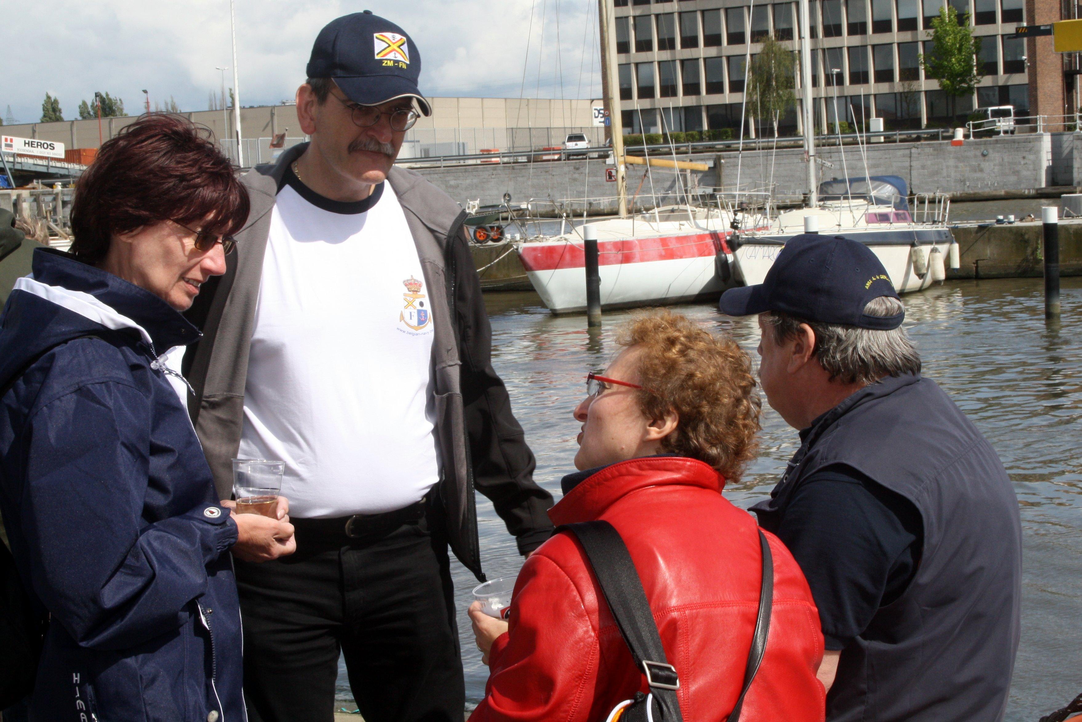 Fastes des Cadets de Marine à Bruxelles le 18/06/2011 - Page 21 1106220857541095838362335