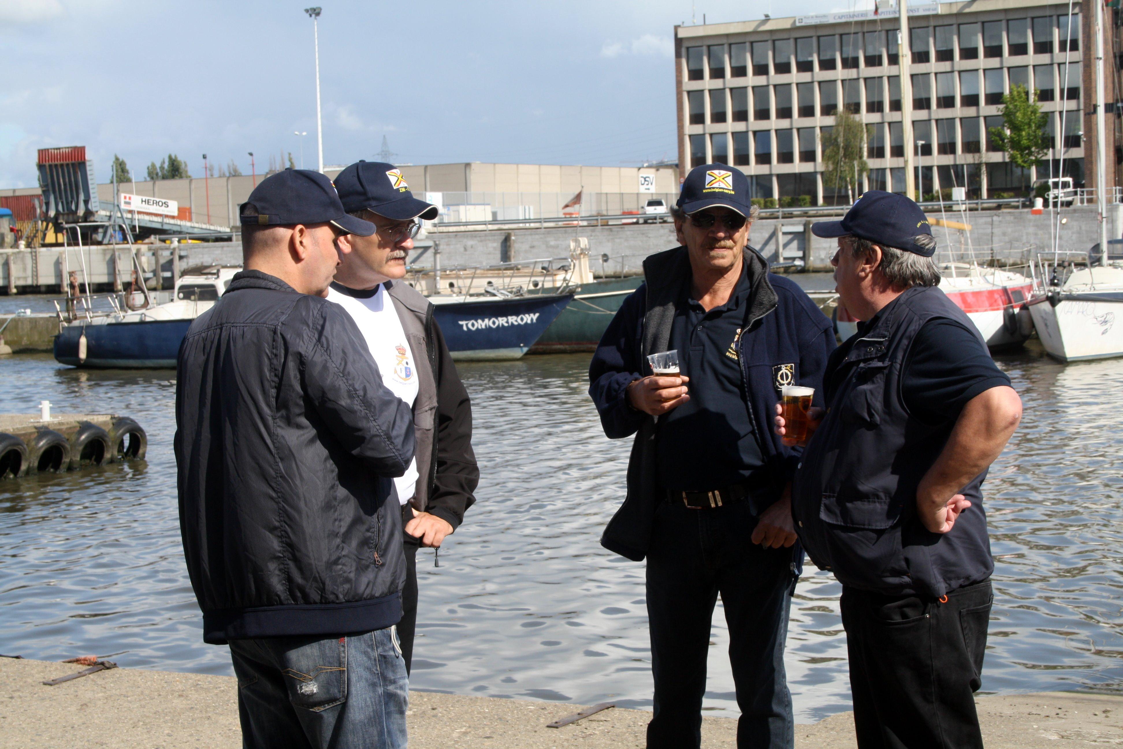 Fastes des Cadets de Marine à Bruxelles le 18/06/2011 - Page 22 1106231007121095838367926