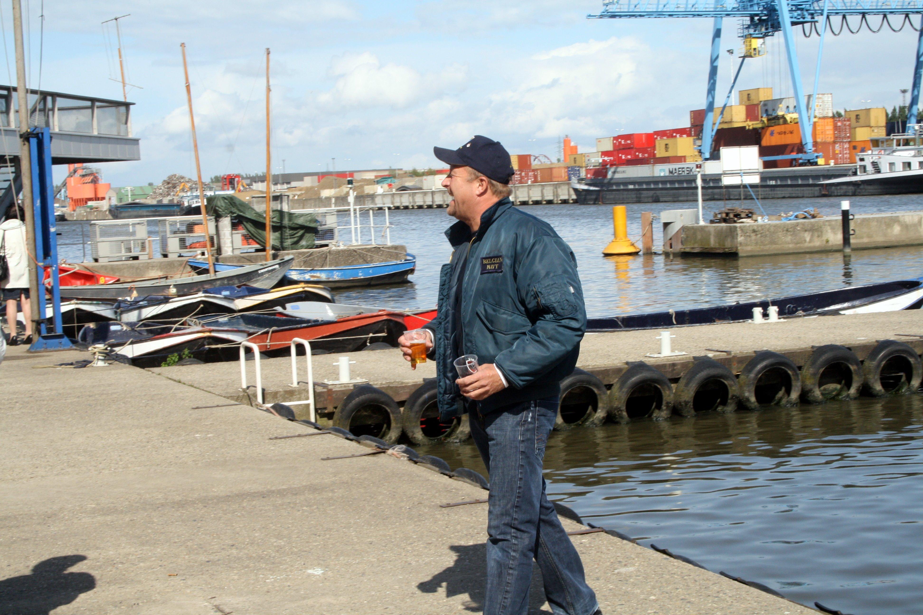 Fastes des Cadets de Marine à Bruxelles le 18/06/2011 - Page 22 1106231014401095838367953