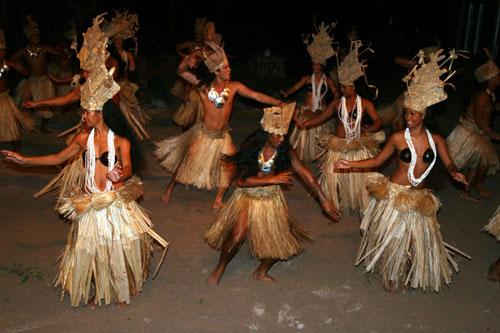 Costumes traditionnels et folkloriques