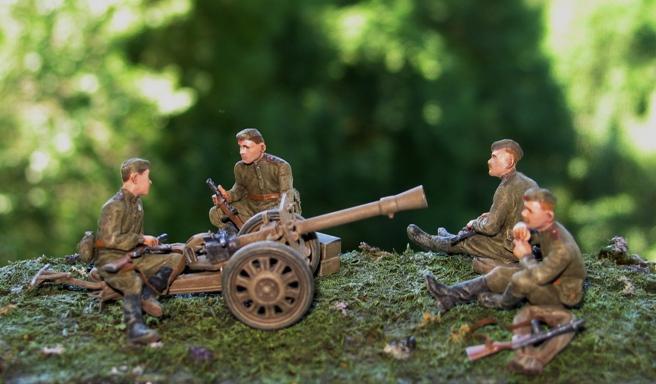 puppchen Dragon+soldats russes Miniart 1/35 110702011030667018412816