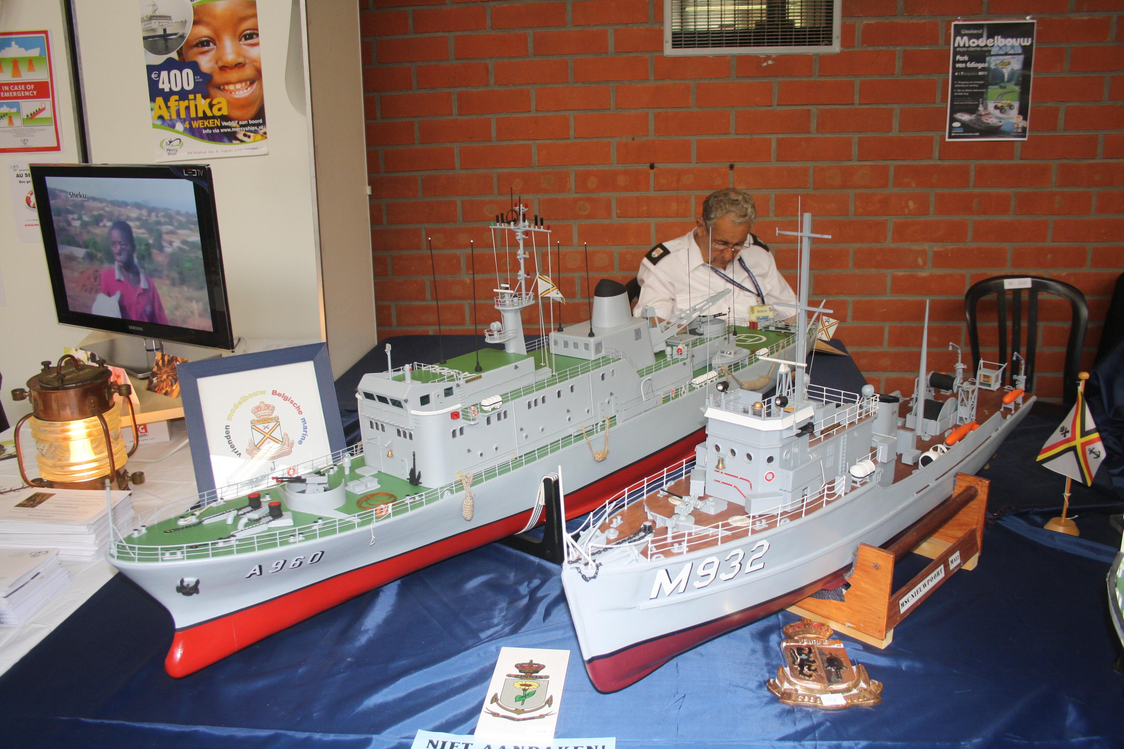 Portes ouvertes 2011 - Navy Days Zeebrugge 2011   - Page 5 1107110335361095838455528
