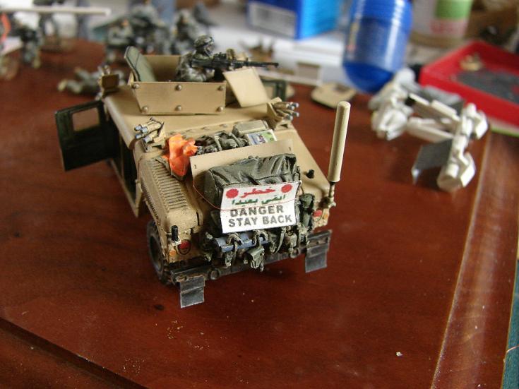 HMMWV M1114 [DRAGON - 1/72] 1107120804241151538461751