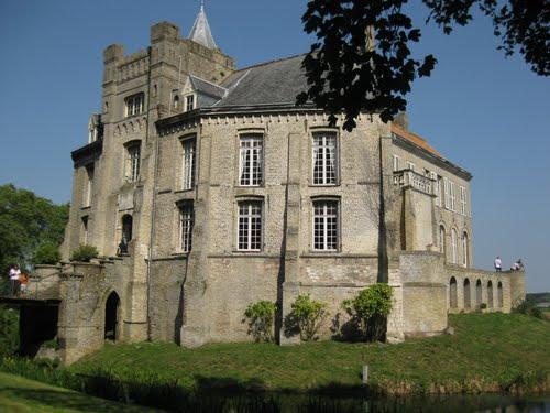 Kastelen en herenhuizen van Frans-Vlaanderen - Pagina 2 110726090922970738519054