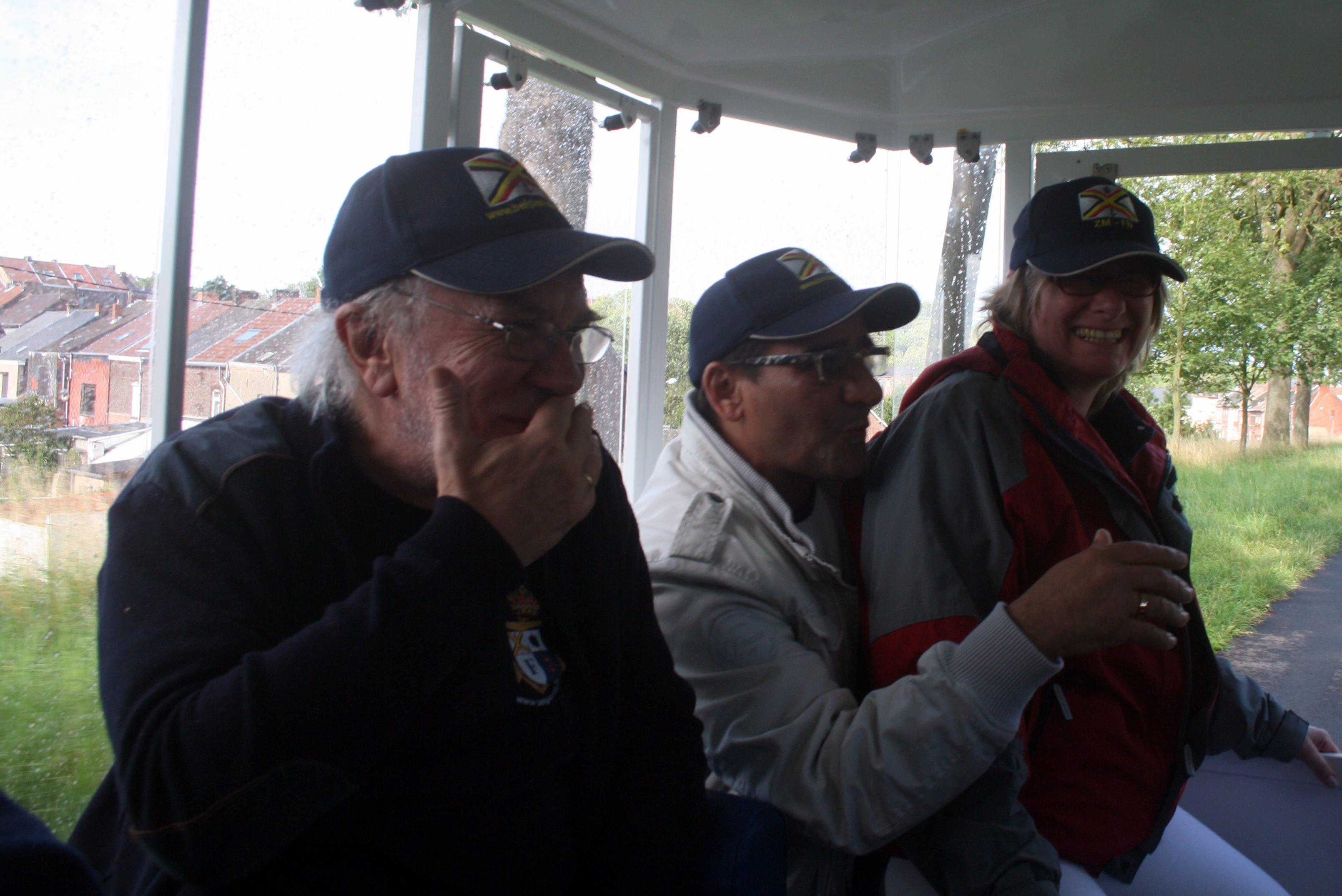 Visite du Canal du Centre historique le dimanche 17 juillet - Page 33 1107270653251095838520597
