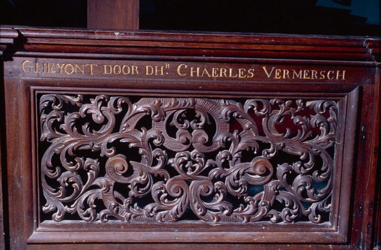 Frans-Vlaamse en oude Standaardnederlandse teksten en inscripties - Pagina 5 110804114053970738547721