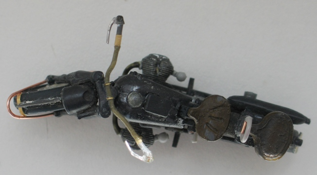 scratch sur épave de BMW R75 1/35 110807042939667018557358