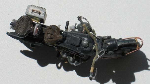 scratch sur épave de BMW R75 1/35 110813014709667018581263