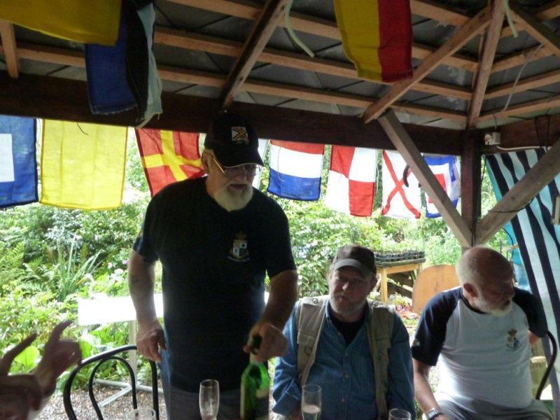 Goulash Party entre anciens de la ZM-FN 1108150800251144818593110