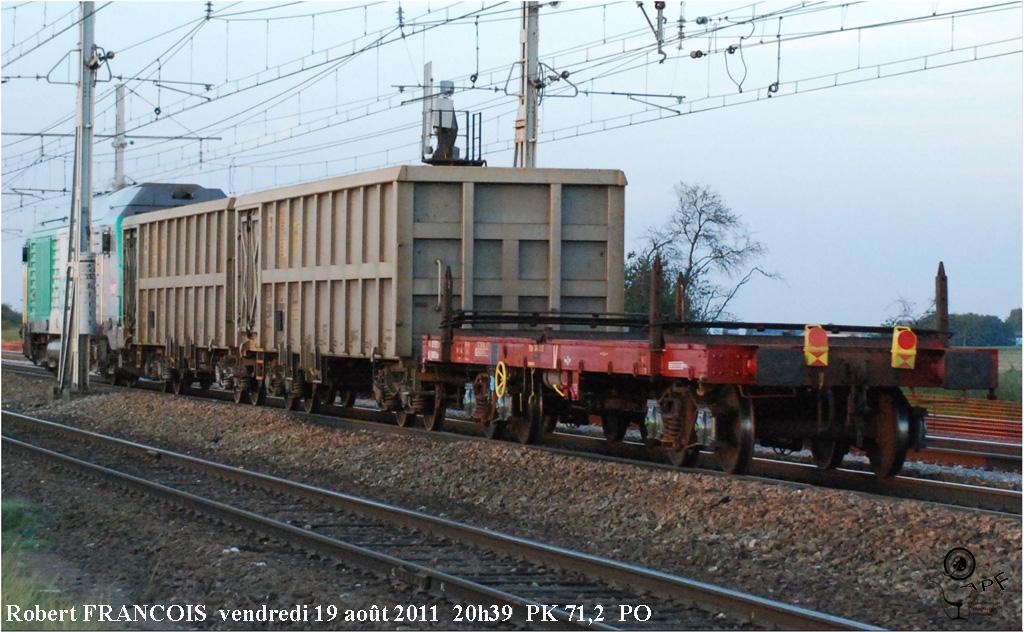 Un wagon plat TP roule encore !!! 1108240224321194398633729