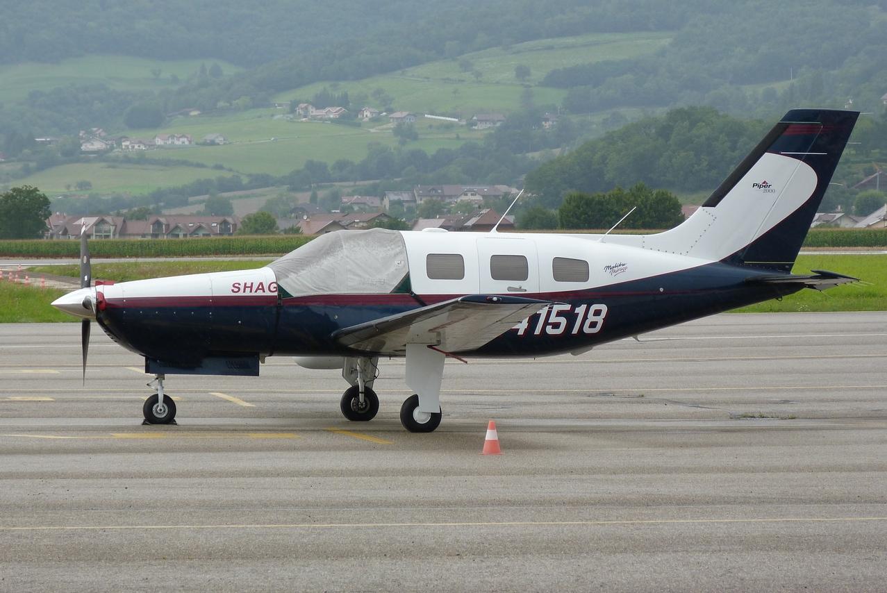 [06/08 - 17/08/2011] : Annemasse, Courchevel, Annecy, Chamonix... : Hélicos et avions dans les Alpes 1108310159211326458667908