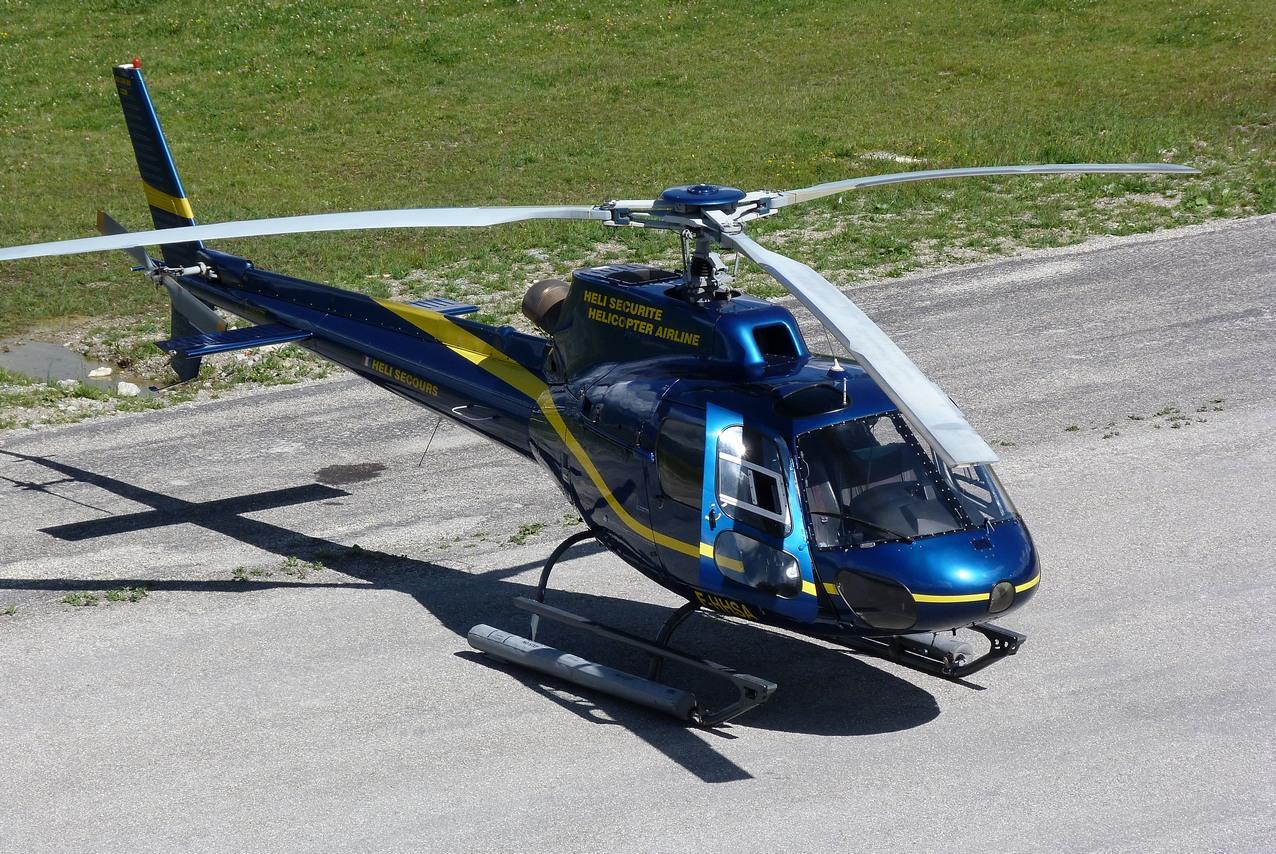 [06/08 - 17/08/2011] : Annemasse, Courchevel, Annecy, Chamonix... : Hélicos et avions dans les Alpes 1108310159251326458667923