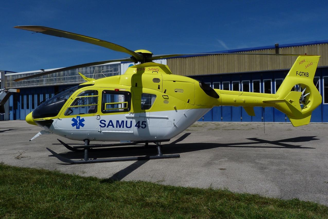 [06/08 - 17/08/2011] : Annemasse, Courchevel, Annecy, Chamonix... : Hélicos et avions dans les Alpes 1108310216321326458668075