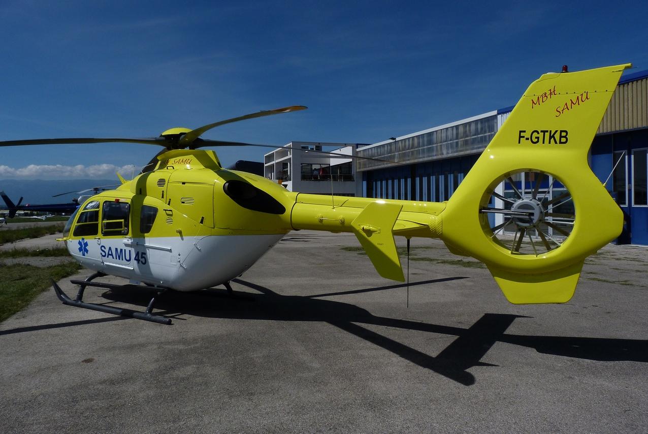 [06/08 - 17/08/2011] : Annemasse, Courchevel, Annecy, Chamonix... : Hélicos et avions dans les Alpes 1108310216321326458668076