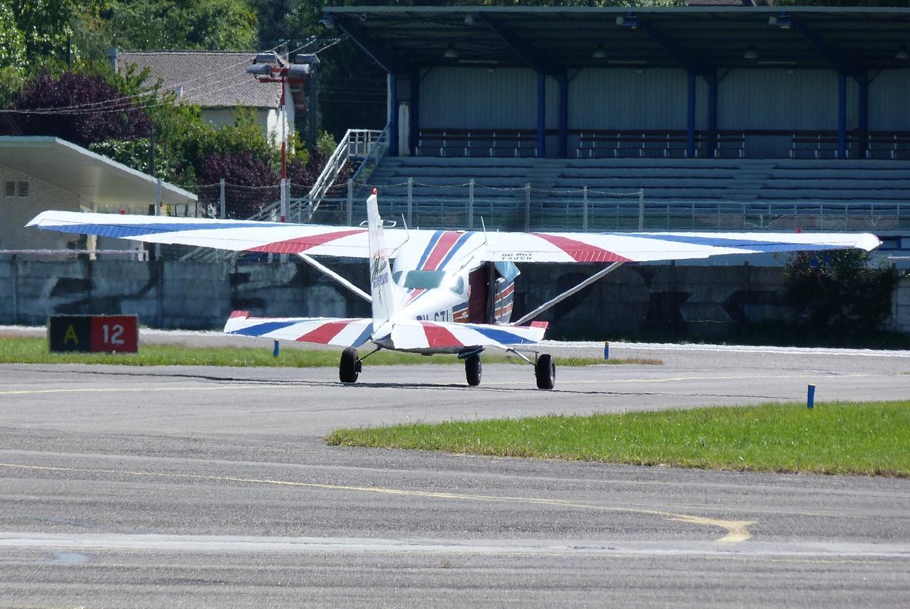 [06/08 - 17/08/2011] : Annemasse, Courchevel, Annecy, Chamonix... : Hélicos et avions dans les Alpes 1108310216331326458668080