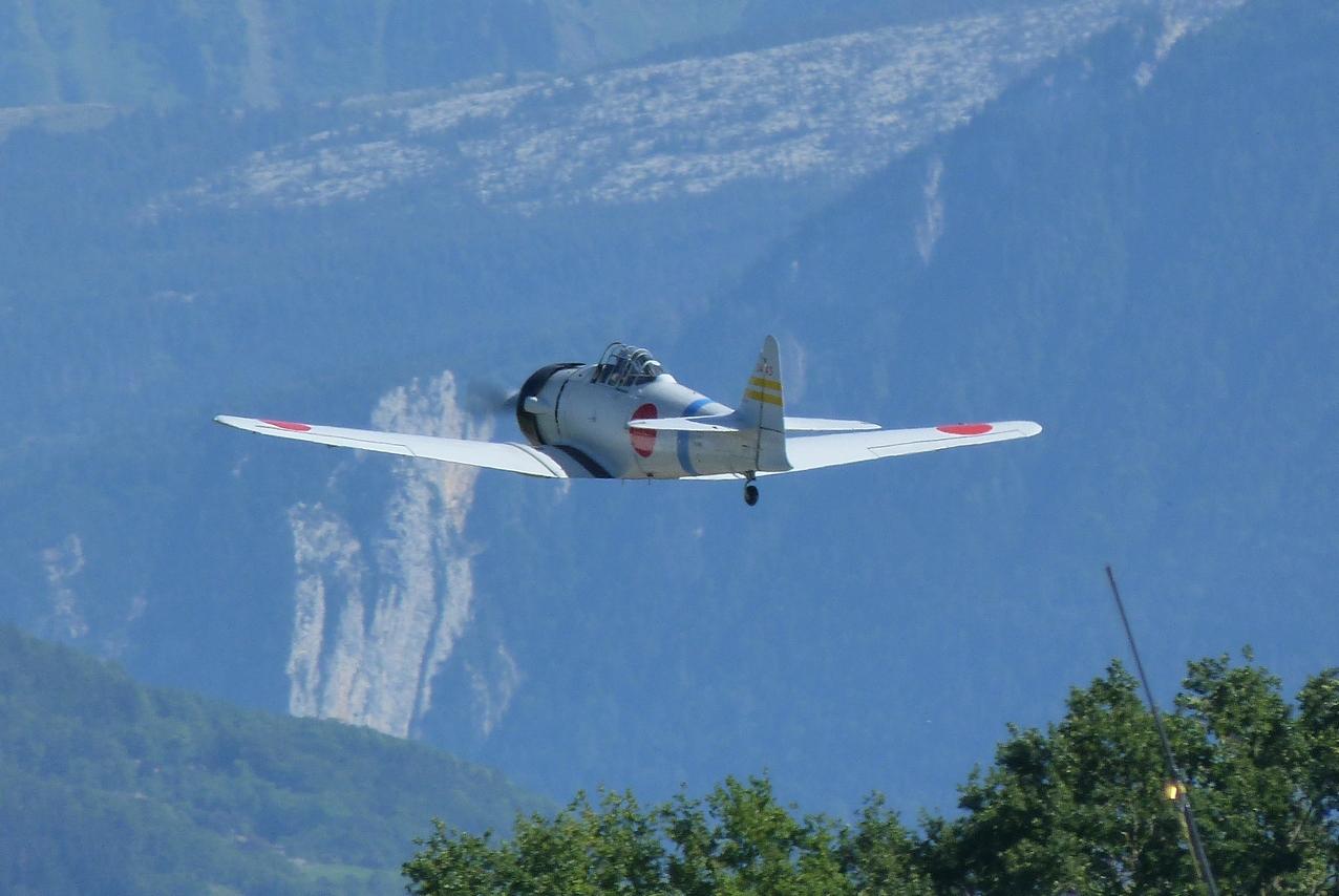 [06/08 - 17/08/2011] : Annemasse, Courchevel, Annecy, Chamonix... : Hélicos et avions dans les Alpes 1108310216351326458668086