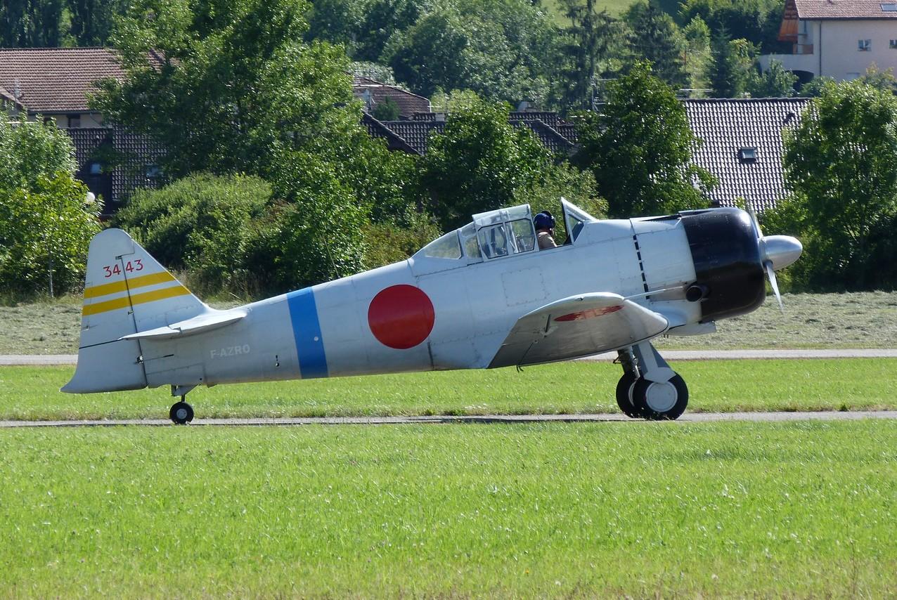 [06/08 - 17/08/2011] : Annemasse, Courchevel, Annecy, Chamonix... : Hélicos et avions dans les Alpes 1108310216351326458668087