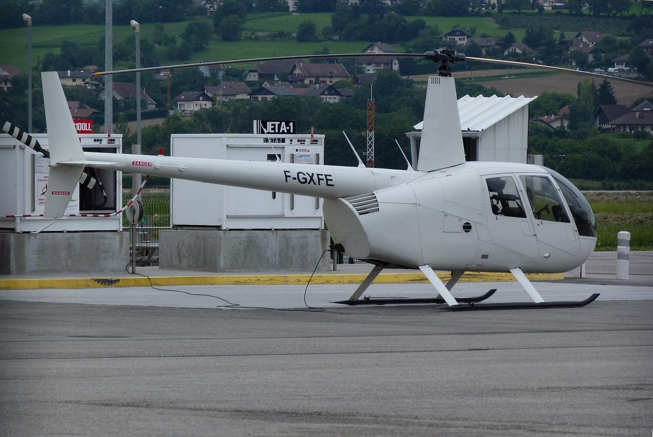 [06/08 - 17/08/2011] : Annemasse, Courchevel, Annecy, Chamonix... : Hélicos et avions dans les Alpes 1108310233501326458668140