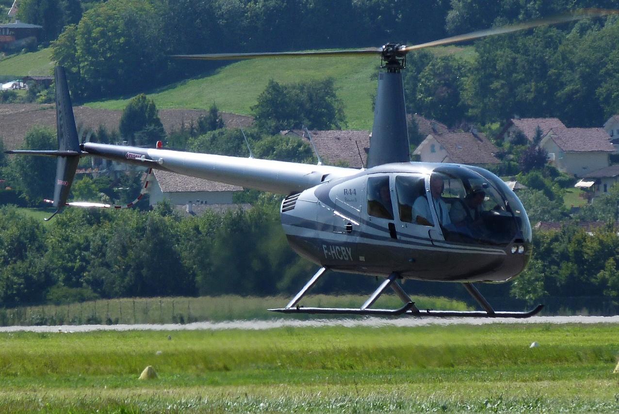 [06/08 - 17/08/2011] : Annemasse, Courchevel, Annecy, Chamonix... : Hélicos et avions dans les Alpes 1108310233521326458668148