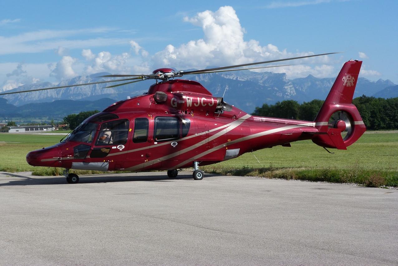 [06/08 - 17/08/2011] : Annemasse, Courchevel, Annecy, Chamonix... : Hélicos et avions dans les Alpes 1108310233531326458668152