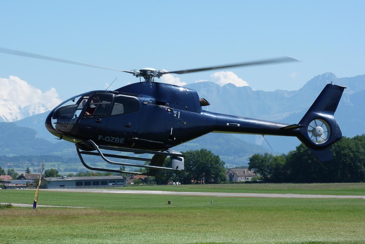 [06/08 - 17/08/2011] : Annemasse, Courchevel, Annecy, Chamonix... : Hélicos et avions dans les Alpes 1108310252461326458668168