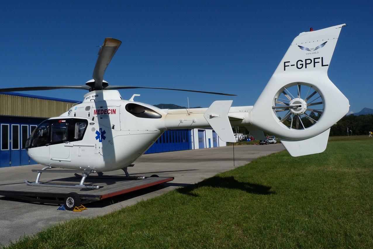 [06/08 - 17/08/2011] : Annemasse, Courchevel, Annecy, Chamonix... : Hélicos et avions dans les Alpes 1108310422261326458668226