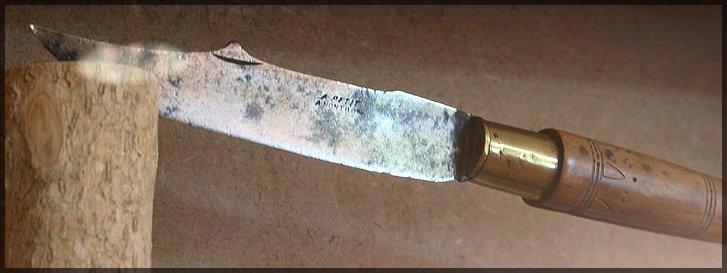 Le couteau NONTRON 110901104646329818673568
