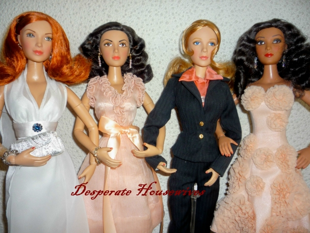 Madame Alexander~~Desperate Housewifes 111002105909287408835442