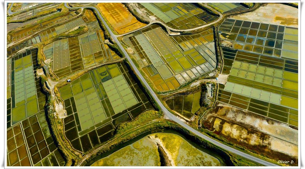 un petit panachage de photos aeriennes de Bretagne 111023020815757278943685
