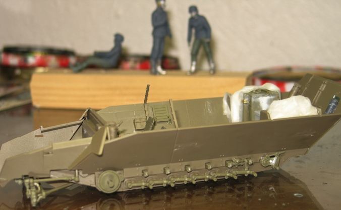 sd.kfz 251/21 ausf D AFVclub 1/35 - Page 3 111213051423667019174358