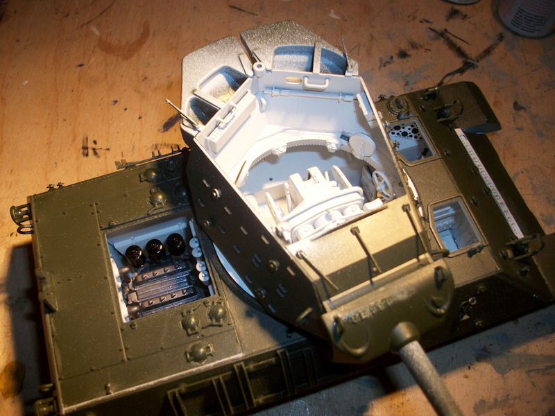 1/35 M10 DUCKBILL Gun motor carriage de chez ACADEMY 1112220505151410669208638
