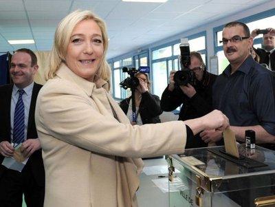 PS-schandalen in Noord-Frankrijk vormen voedingsbodem voor groei Front National 1112230543501419619212649