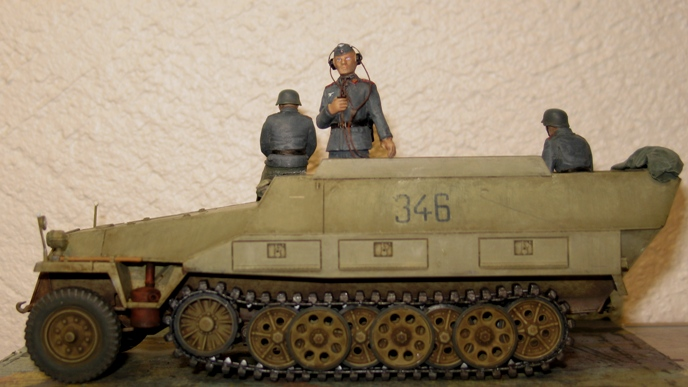 sd.kfz 251/21 ausf D AFVclub 1/35 - Page 6 120102060815667019248699
