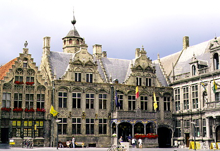 De Belgische Vlamingen en Frans-Vlaanderen - Pagina 3 1201090228001419619278623