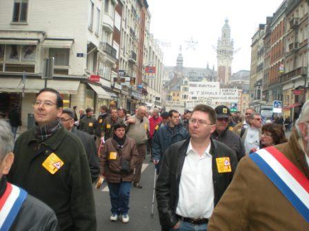 Zaterdag 31 maart 2012 : gemeenschappelijke manifestatie in Rijsel voor de erkenning van het Vlaams en het Picardisch 1203311045501419619656065