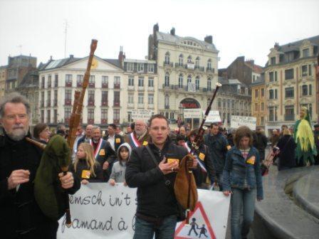Zaterdag 31 maart 2012 : gemeenschappelijke manifestatie in Rijsel voor de erkenning van het Vlaams en het Picardisch 1203311052211419619656084