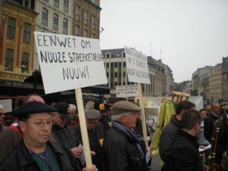 Zaterdag 31 maart 2012 : gemeenschappelijke manifestatie in Rijsel voor de erkenning van het Vlaams en het Picardisch 1203311053131419619656088