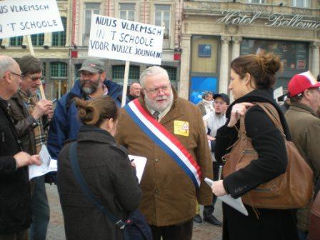 Zaterdag 31 maart 2012 : gemeenschappelijke manifestatie in Rijsel voor de erkenning van het Vlaams en het Picardisch 1203311054111419619656089